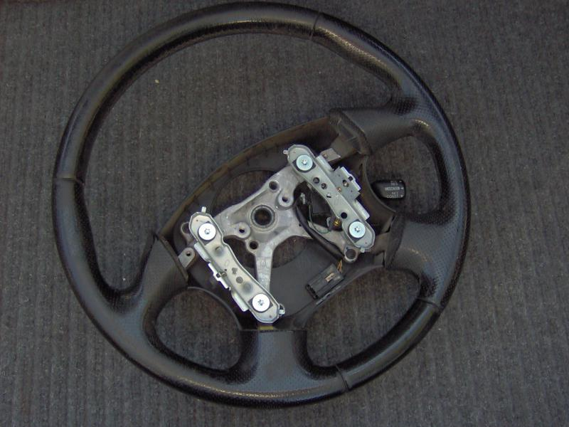 Name:  steering wheel 001.jpg